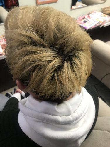 金髪カラーリング前